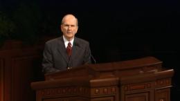 Elder Russell M. Nelson speaks in General Conference, October 2002